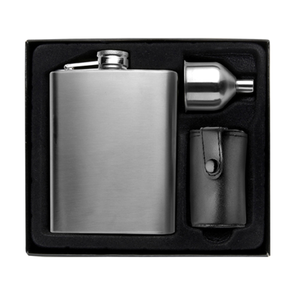 Hip flask in silver