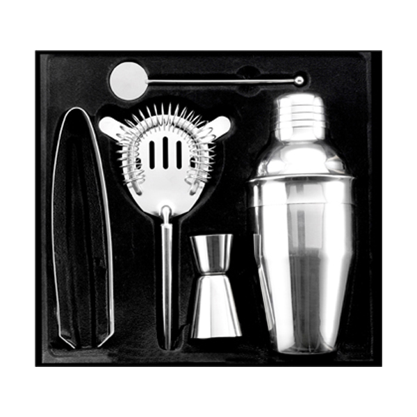 Cocktail set in silver