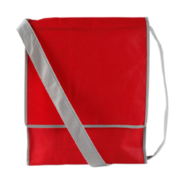 Postman style bag in red