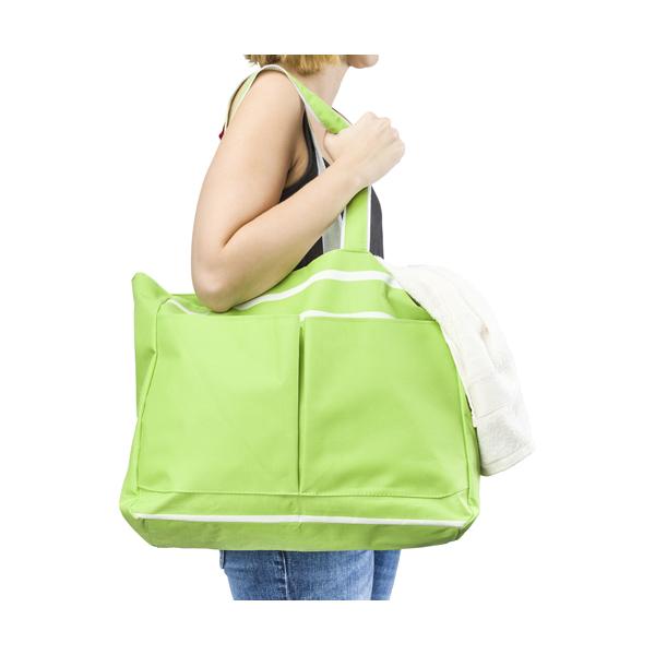 Polyester 600D beach bag.