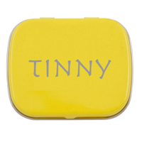 Flat tin with mints
