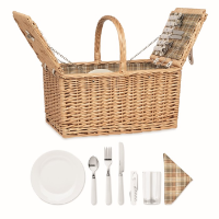 Wicker picnic basket 4 people