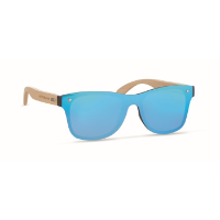 Sunglasses with mirrored lens