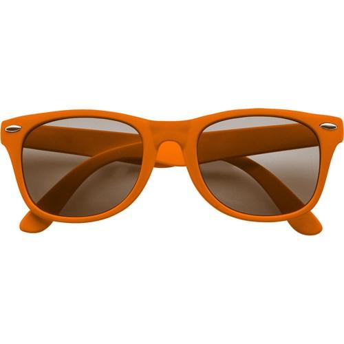 Classic fashion sunglasses in orange