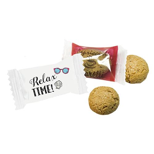 Amarettini biscuit