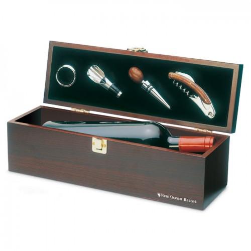Wine set in wine box in wood
