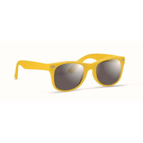 Sunglasses with UV protection in yellow