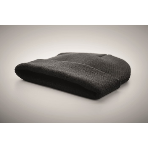 Beanie in RPET with cuff