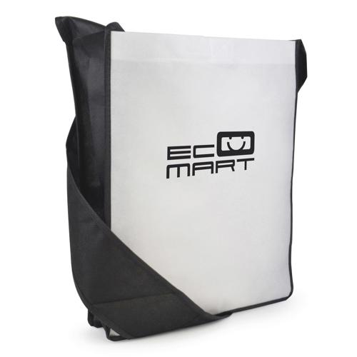 Contrast Messager Bag in black