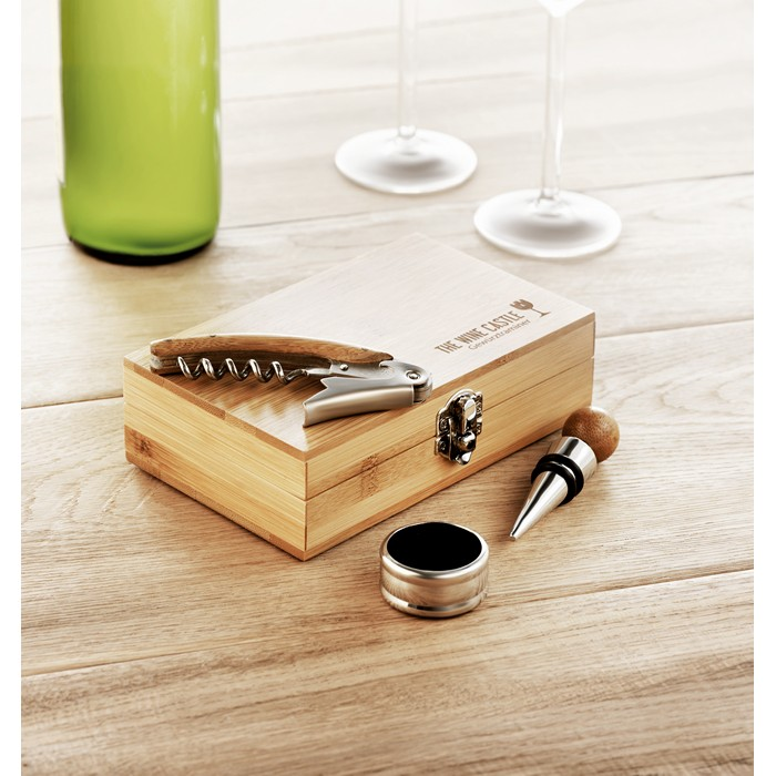 Promotional Wine set in bamboo box